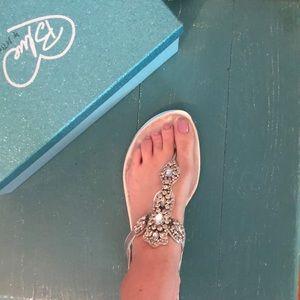 Betsey Johnson flat sandals
